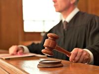 Vợ chồng Mỹ bị phạt vì vứt tạp chí khiêu dâm của con