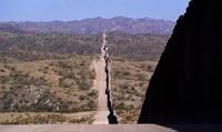 Mỹ chặn số lượng kỷ lục người di cư ở biên giới với Mexico