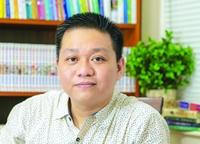 Nguyễn Phạm Hồng Phước Ước mơ mang tiếng Việt đi khắp thế giới