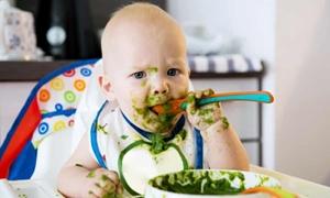 Phát hiện phân trẻ sơ sinh có nồng độ vi nhựa gấp 20 lần người lớn