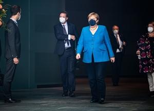 Angela Merkel - nữ thuyền trưởng với dấu ấn đậm nét sau 16 năm lãnh đạo nước Đức