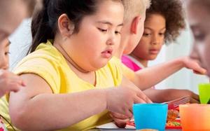 53 phụ huynh không biết con mình thừa cân