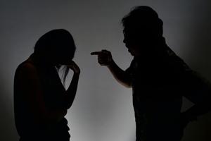 Nhiều phụ nữ Singapore im lặng dù bị bạo hành gia đình