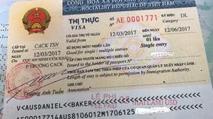 Đối tượng nào ở Áo được cấp giấy miễn thị thực vào Việt Nam